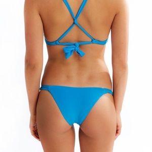 Frankie's Bikinis Azure Malibu Bottoms Size M
